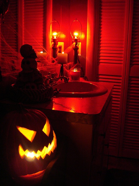 halloween bathroom decor halloween heaven pinterest