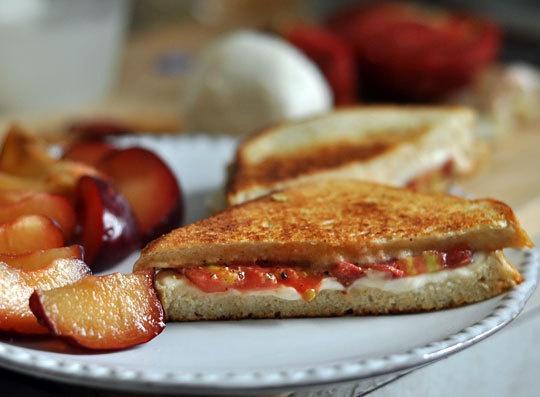 Tomato Mozzarella Sandwich | Recipe