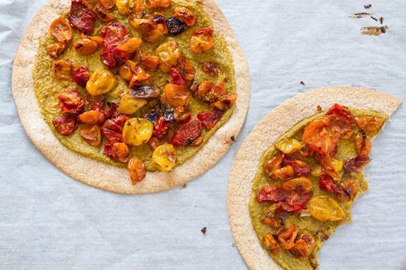 Easy Roasted Tomato Pizza with Basil Cashew Cheeze