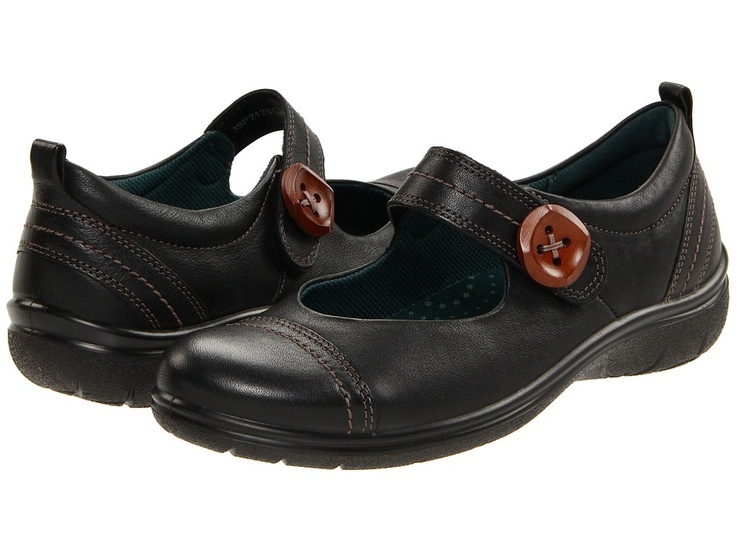 Need black walking shOes