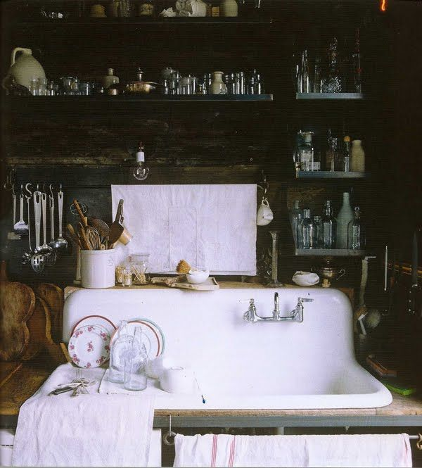 Vintage Farmhouse Kitchen Sink : vintage farmhouse sink area Kitchen Pinterest