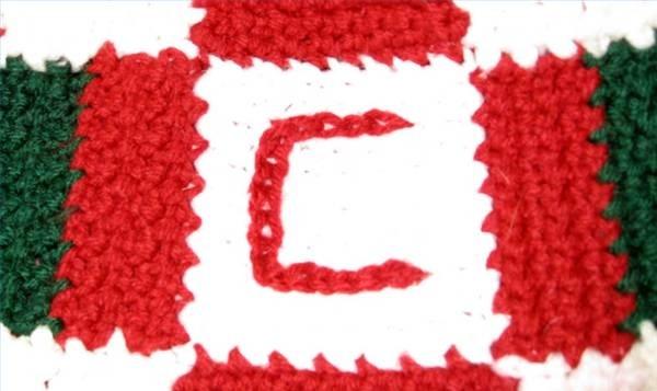 Crocheting Letters Into Blankets : crochet letters