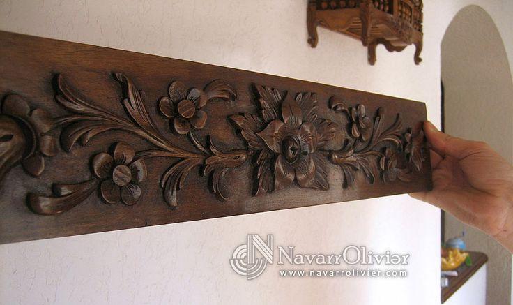Sculpture sur bois en bas relief avec des motifs floraux - Sculpture sur bois motifs ...