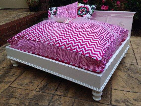 Large Cat Beds