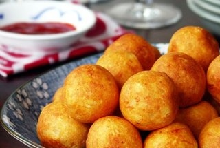 Paneer Kofta (Stuffed Cheese Balls) | Indian Food/Drink/Sweet etc ...