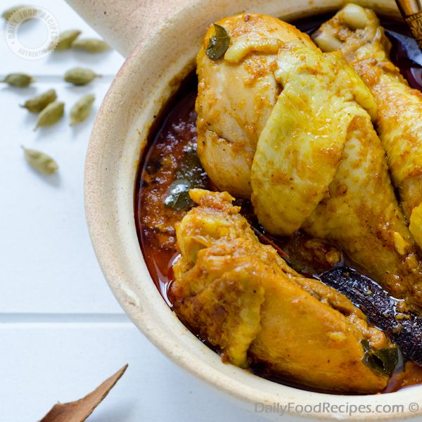 Sri Lankan Chicken Curry.....i love curry chicken, must try!