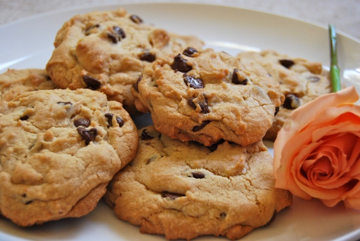 giant chocolate chip cookies! | Divine Food and Recipes | Pinterest