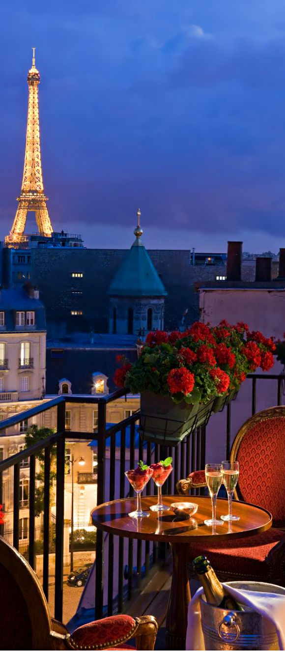 San regis paris luxury hotel glam life pinterest for Hotels by the eiffel tower