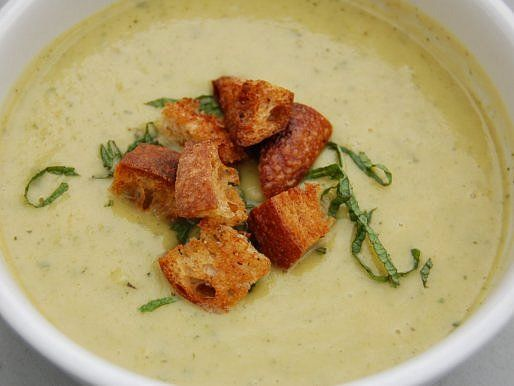Vegetarian: Chilled Summer Squash Soup with Yogurt, Mint, and ...
