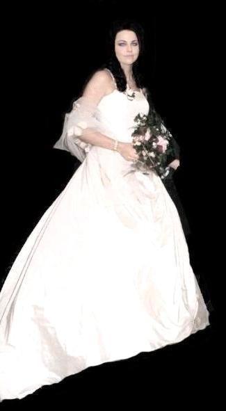 Josh Hartzler And Amy Lee Famous Weddings Pinterest