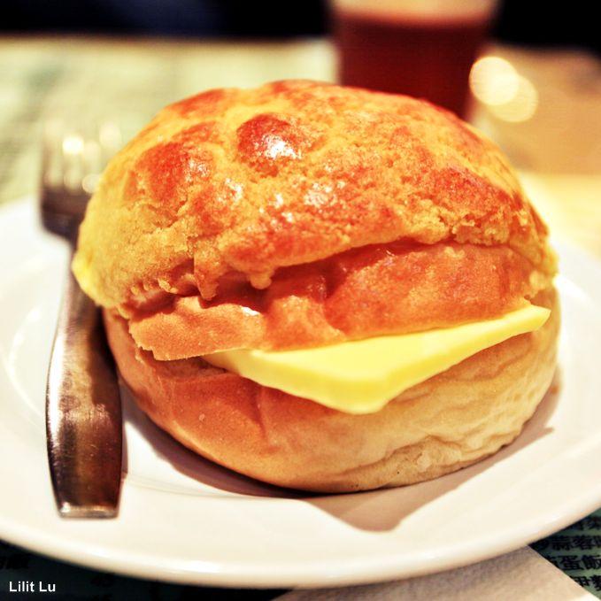 polo yau! pineapple bun with butter :D | A 香港茶餐厅 Hong Kong ...