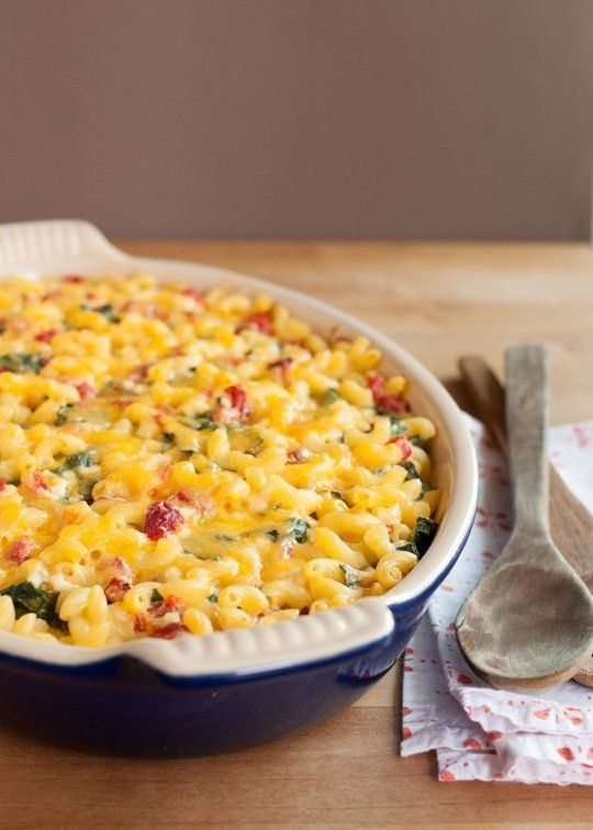 Recipe: Lighter Baked Macaroni & Cheese with Spinach & Red Peppers ...