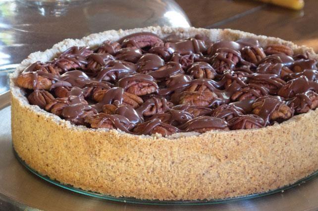 Chocolate Pecan Tart | EVERYTHING CHOCOLATE! | Pinterest