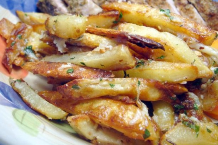 Garlic fries | Apps and Snacks | Pinterest