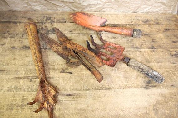 Vintage Rusty Garden Tools Rust Pinterest