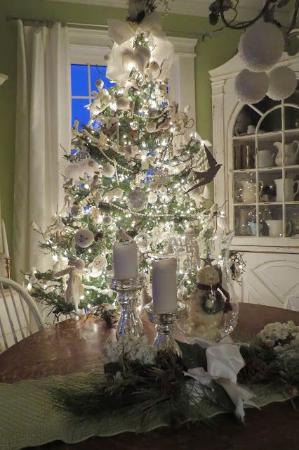Arbor House Lane: Christmas Around The House
