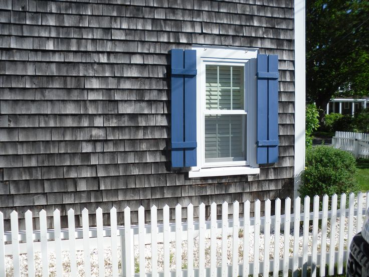 Pin by brittany cooper on in my one day house pinterest for Cedar shake cottage