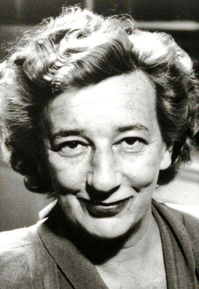 the influence and successes of lilian hellman The influence of william wyler and gregg toland on lillian hellman/177 following the success of her first play, the children's hour (1934), lillian hellman came to hollywood to work as a scriptwriter for samuel goldwyn other writers of the goldwyn stable included elmer rice, sidney howard, ben hecht, charles.