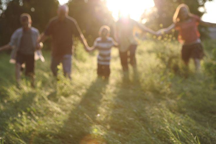 NEAT FAMILY SESSION BY TARA WHITNEY