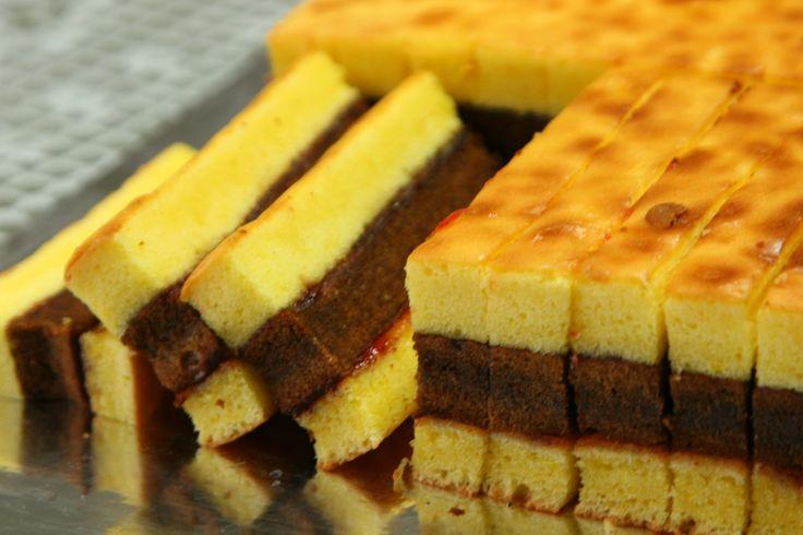lapis surabaya...yummy indonesian cake! | Indonesian Delicacies | Pin ...