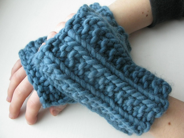 Super Easy Fingerless Gloves Knitting Pattern : Bulky knit mitts Knit Worthy Pinterest
