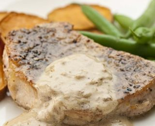 Pork Chops au Poivre | Food | Pinterest