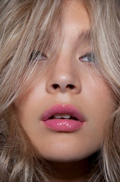 pink, pink lips, pink lipstick, stella, mac, nude eyes, lips, makeup, beauty, spring beauty, beauty trends