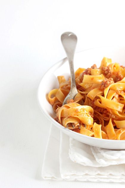 Tagliatelle al ragù Bolognese | Fresh Egg Pasta with Meat Sauce ...