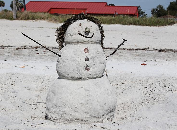 Brunch in April: a sandlady instead of a snowman