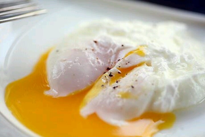 Easy poached eggs | Yummy in my Tummy | Pinterest