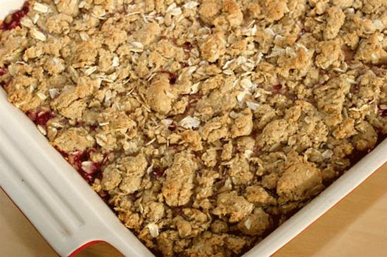 Raspberry Oatmeal Squares http://www.pickycook.com/dessert ...