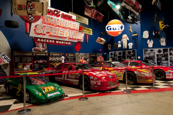 Exhibit at the georgia racing hall of fame