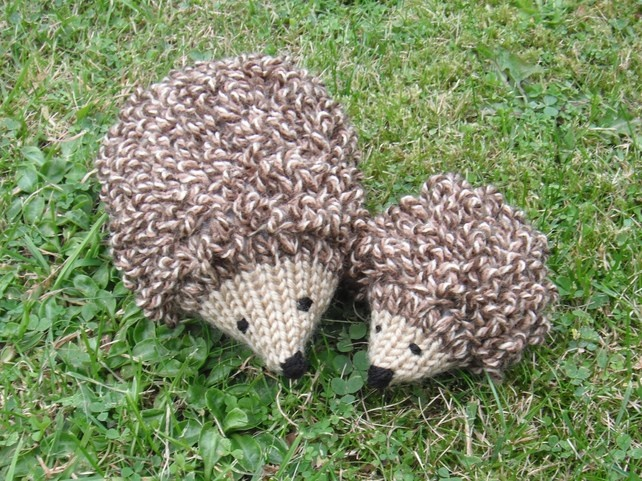 Baby Hedgehog Knitting Pattern : Hand Knitted Mummy and Baby Hedgehog