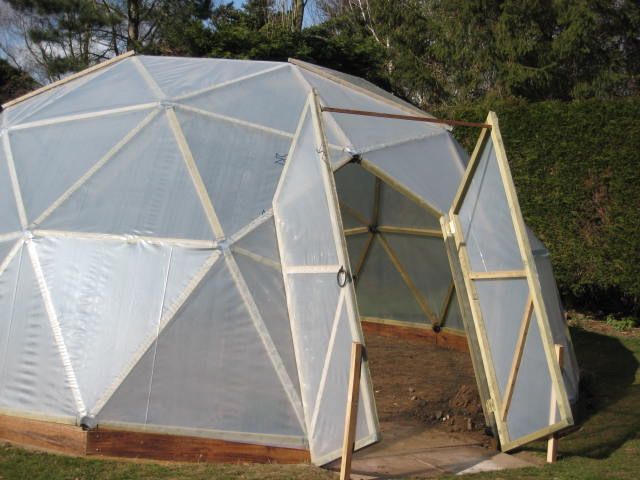 Pin by catherine goser on yard garden pinterest for Geodesic greenhouse plans free