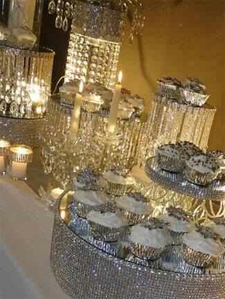 Wedding bling dessert table diamond pearls bridal shower pinter - Decoratie opgeschort wc ...