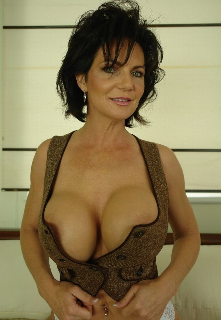 Deauxma | Of Cougars & MILFS | Pinterest