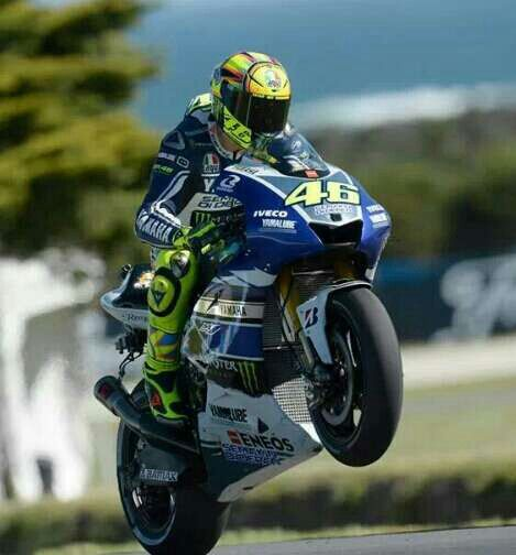 valentino rossi ndash wheelie - photo #20