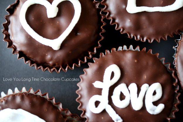 Paleo Chocolate Cupcakes (Gluten Free/ Paleo)