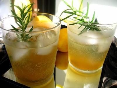 Rosemary Lemon-Ginger Vodka Spritzers |familystylefood|recipe // I'm ...