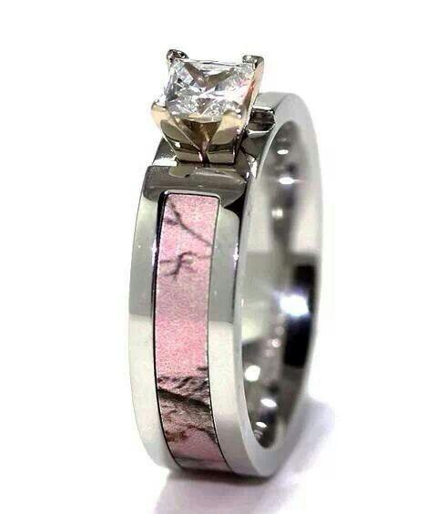 Womens Camo Ring