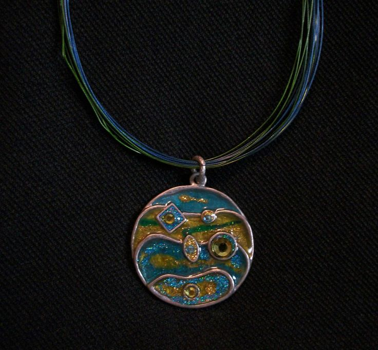 "CHICO'S Blue & Green Pendant Necklace. Choker Length at 16""- 20""  Excellent Pre-Owned Condition!  $18.95 obo (Free S&H)"