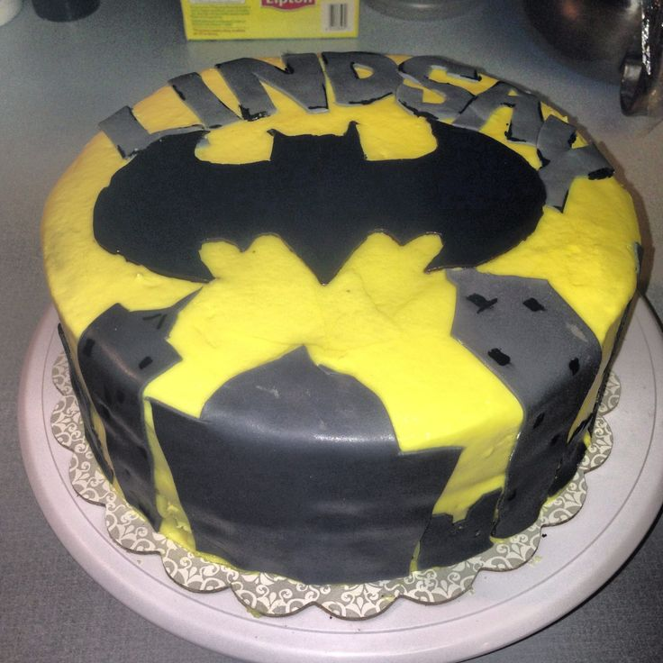 Batman themed birthday cake  Cakes  Pinterest