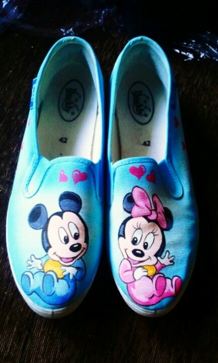 painting on canvas shoes diy painted shoes