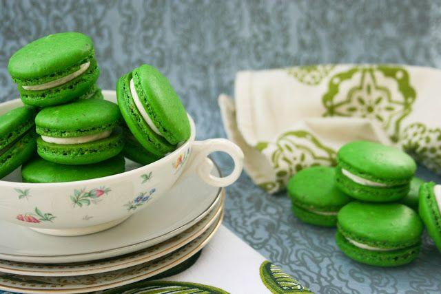 Pistachio Macarons | Baking | Pinterest