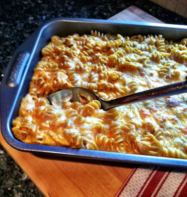 Lightened up pumpkin mac and cheese. I would like this with butternut ...