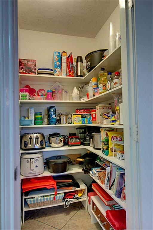 Walk in pantry kitchen pinterest for Walk in pantry