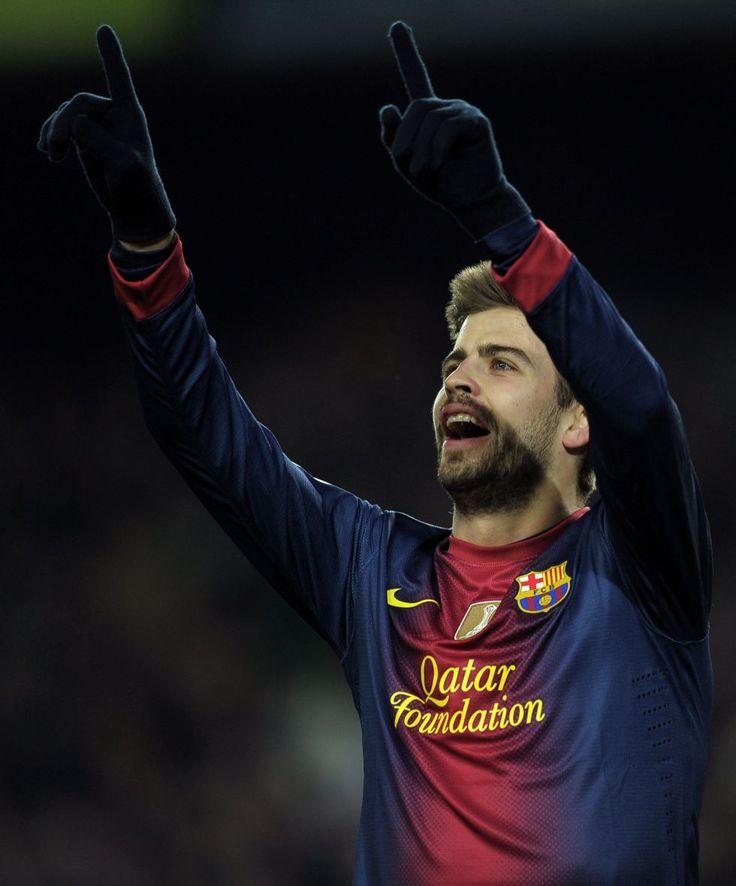 Pique - Barcelona Soccer Team
