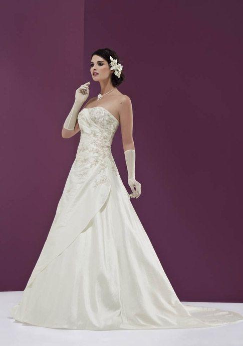 EGLANTINE CREATIONS - Ete  Inspiration robes de mariée  Pinterest