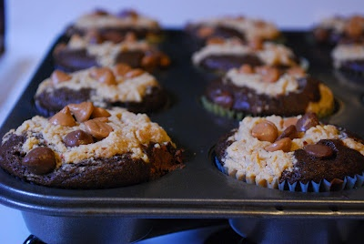 Chocolate Peanut Butter Layered Cupcakes | Delicious | Pinterest