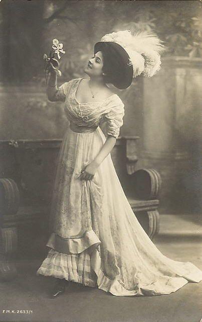 Vintage Lady Cabinet Card